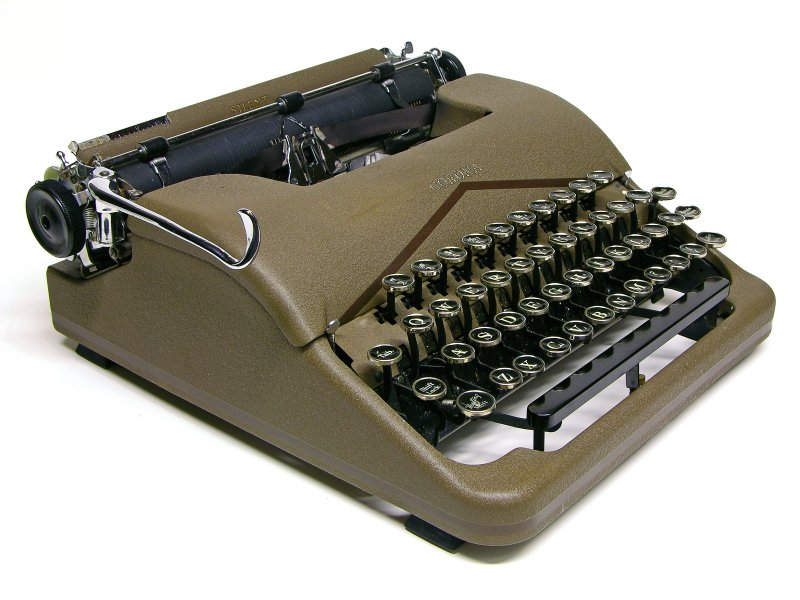 "MrTypewriter.com ""We sell fine old typewriters."""