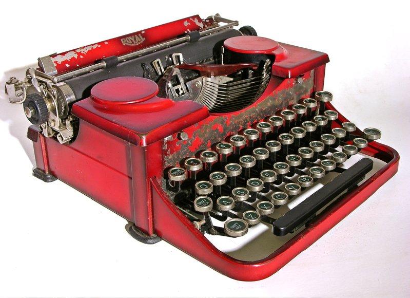 Ordinary Vintage Royal Portable Typewriter Part - 10: Serial # P208665 U0026 P249446